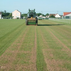 ORGANISOL : Maintenance and renovation of lawn