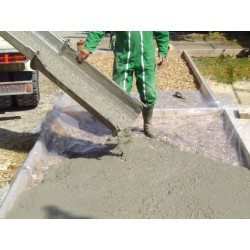 AGRESLITH-C : light and insulating screed - compatible with ready mix concrete truck